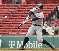 筒香は4打数1安打で今季初打点 一塁守備ではミスも