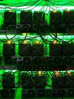 ブロックチェーンによるエネルギーの大量消費を解消できるか:動き出したイーサリアムと「P…