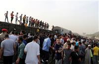 エジプトで列車脱線11人死亡 カイロ近郊、100人負傷