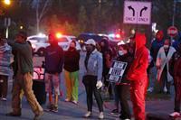 ナイフ振り回した黒人少女を警官が射殺 米オハイオ州