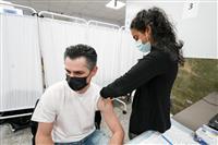 米、ワクチン接種2億回に バイデン氏発表