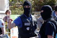 仏警察署で襲撃、1人死亡 テロ容疑で捜査