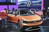 VW、CO2排出量4割減へ 1台17トン削減、30年目標