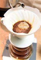 誰でもおいしくコーヒーを 「世界一」バリスタに聞く