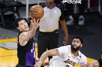 NBAのラプターズ・渡辺が6得点、連敗ストップ
