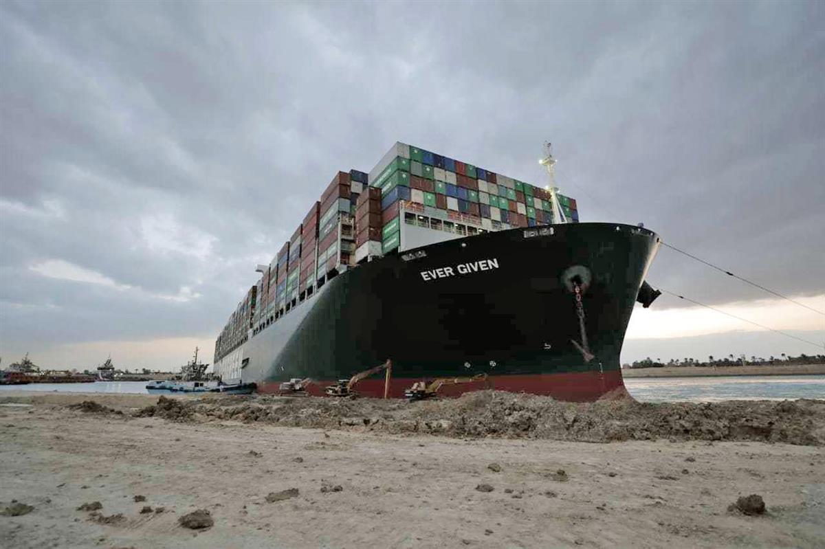 スエズ座礁船、航行認めず エジプトの裁判所