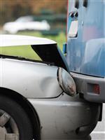 自動車事故の査定は、AIで完全に自動化できるのか? 保険会社の思惑と修理工場の反発