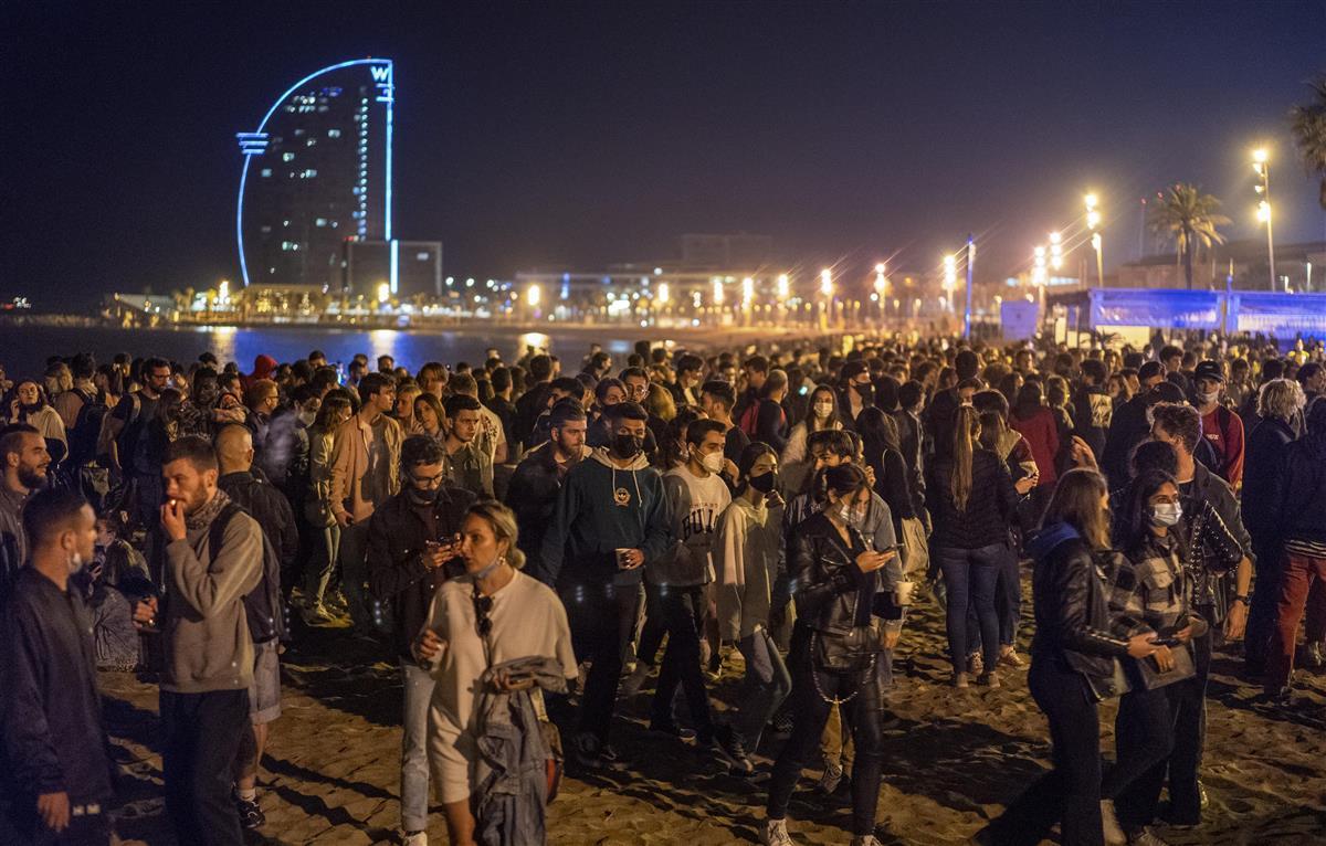 スペイン、コロナの非常事態解除