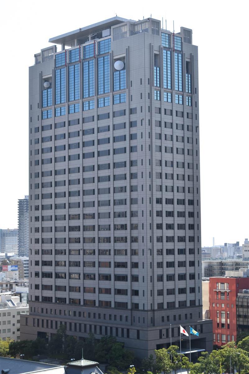 神戸市でシャッターに銃弾、容疑で男2人を逮捕 兵庫県警