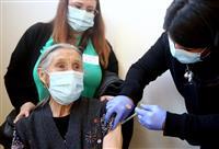 米国のワクチン接種が頭打ち 集団免疫目指しペース回復に躍起