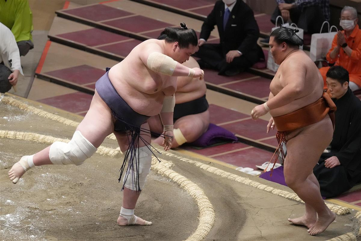 大相撲夏場所4日目で全勝は早くも照富のみ 4大関白星、朝山は…
