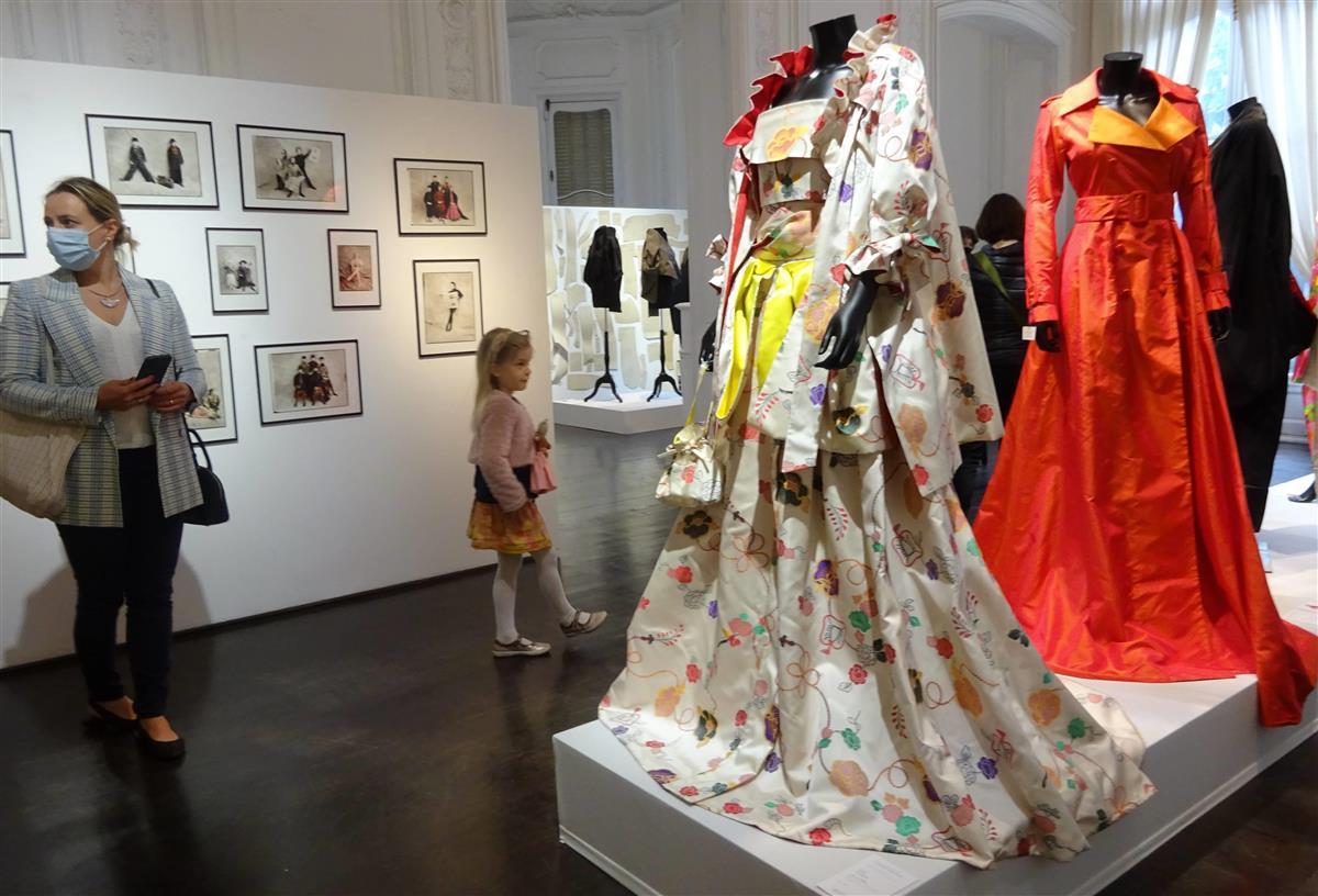 高田賢三さんの遺品、パリで競売 総額3億3千万円 予想の5倍…
