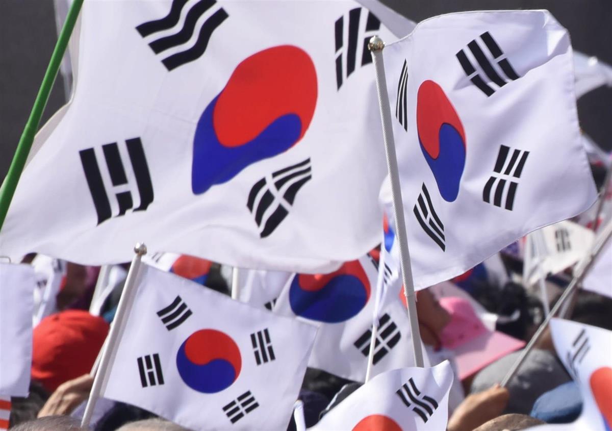 韓国情報機関トップ、菅首相と面会 関係改善の必要性強調
