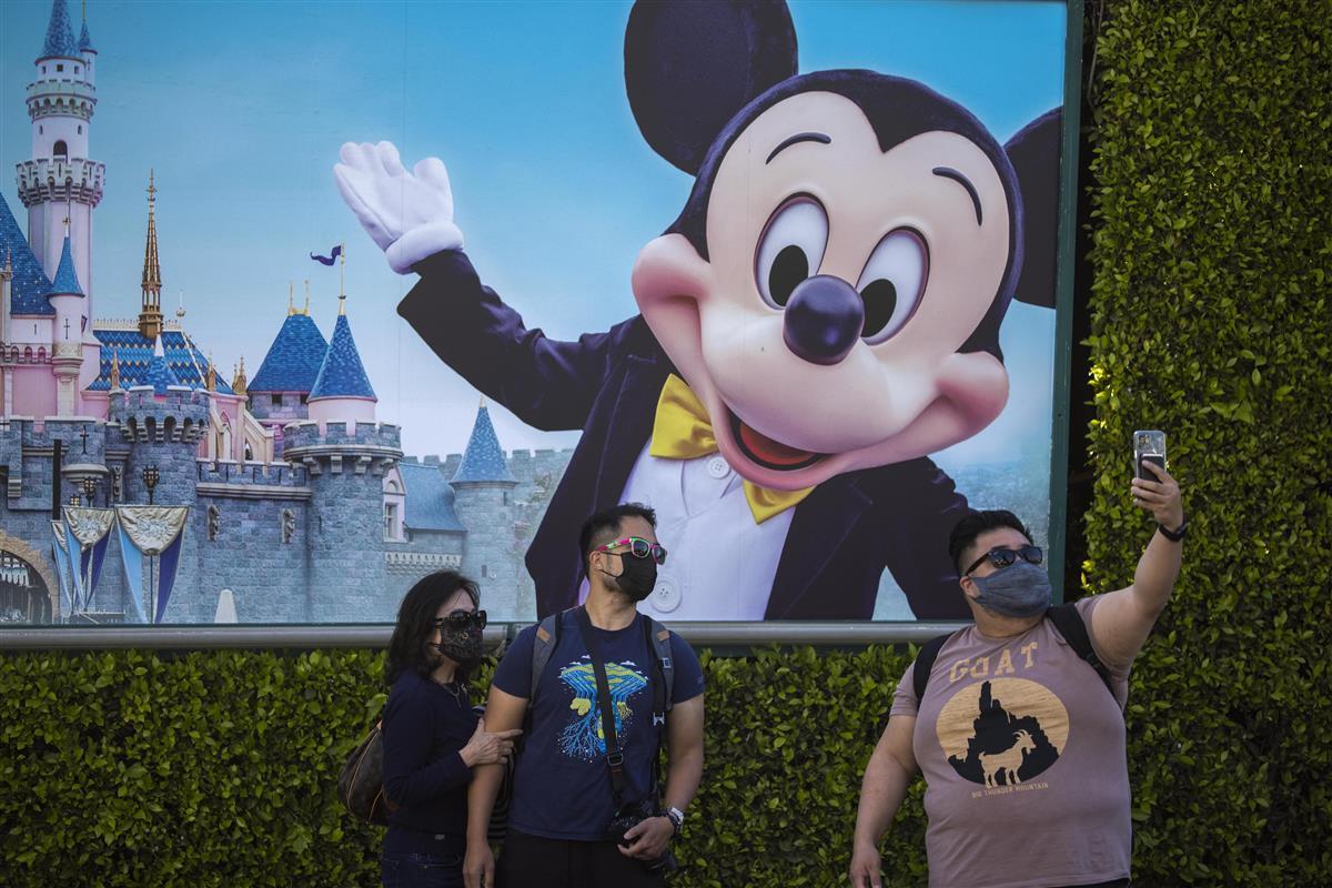 米ディズニー減収増益 コロナで入場制限、動画サービス伸びは鈍…