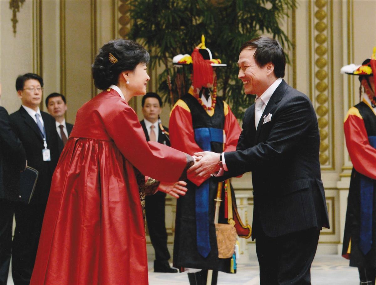 【話の肖像画】龍谷大学教授・李相哲(61)(19)韓国では貫…