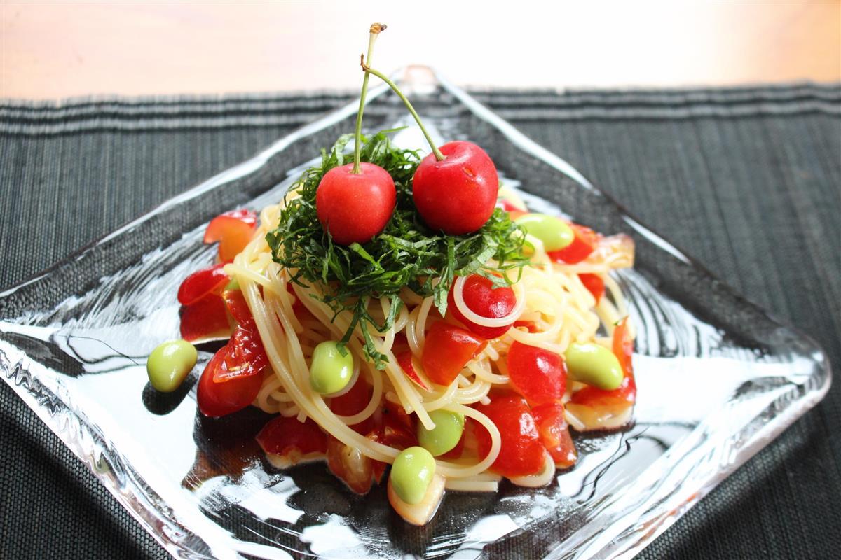 【料理と酒】山形のサクランボと秘伝豆の冷製パスタ