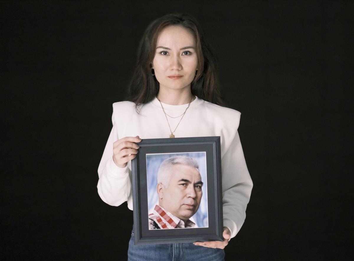 ウイグル詩人が行方不明 留学の娘、日本政府に対応求める