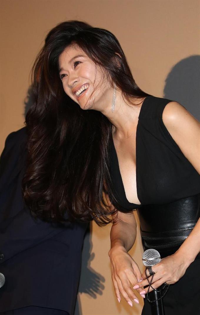 篠原涼子の画像 p1_29