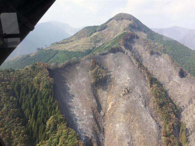 山林火災ほぼ消し止め 発生5日、徳島・那賀町 - サッと見 ...