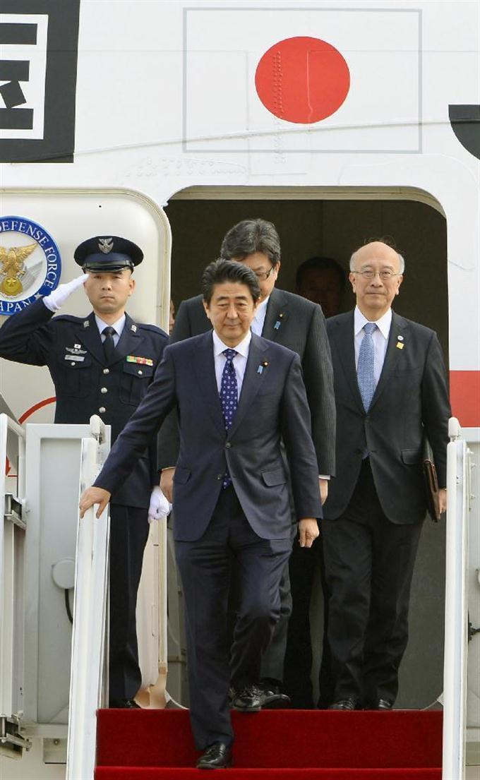 日中韓、首脳会談 安倍首相が ...