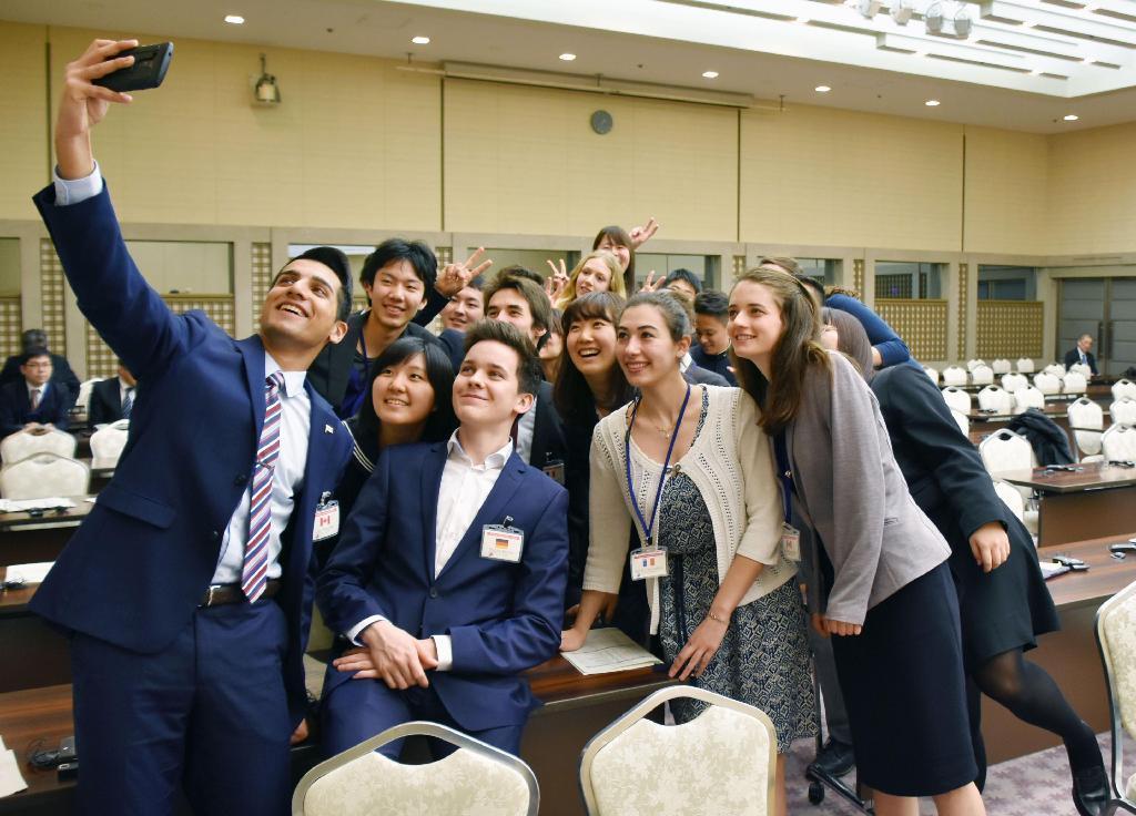 産経フォトG7高校生ら「広島宣言」 青少年外相会合を開催