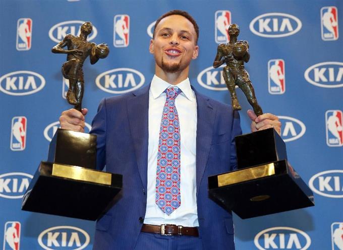 「カリー MVP」の画像検索結果