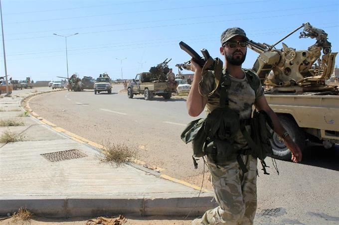 イスラム国」拠点に攻勢 リビア...