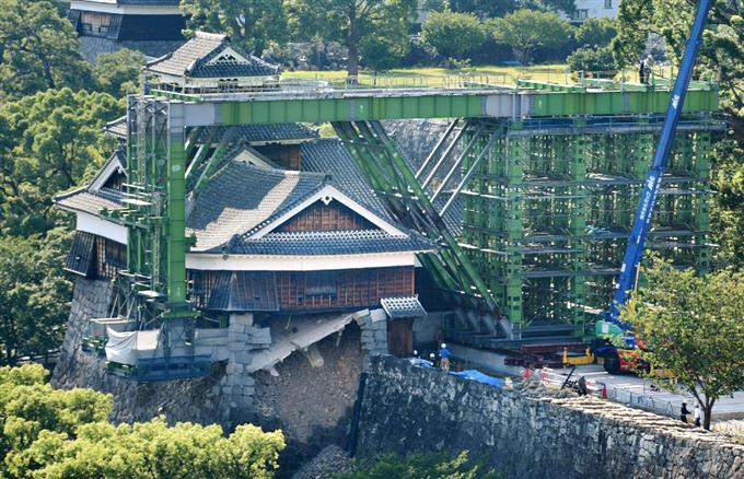 【中国】万里の長城 道を平らに塗り固めた責任者処分へ ©2ch.net YouTube動画>2本 ->画像>52枚