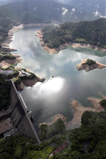 早明浦 ダム 貯水 率 平年 値
