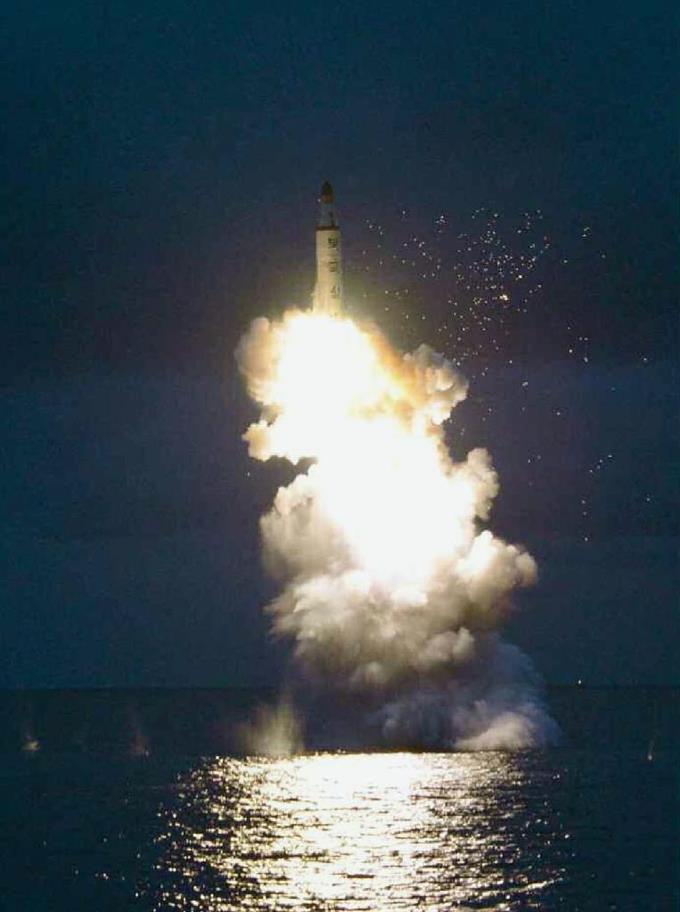 産経フォト北朝鮮潜水艦ミサイル非難 国連安保理が報道声明サイトナビゲーション北朝鮮潜水艦ミサイル非難 国連安保理が報道声明PRPRスゴい!もっと見る瞬間ランキングもっと見るPRPRPRPR産経スペシャル今週のトピックス話題のランキング