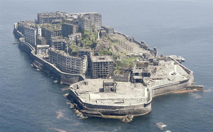 「軍艦島」の画像検索結果
