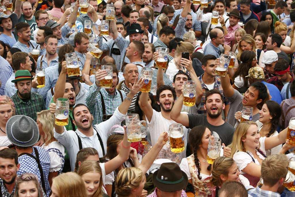 産経フォトビールの祭典「オクトーバーフェスト」が開幕 ドイツ・ミュンヘン