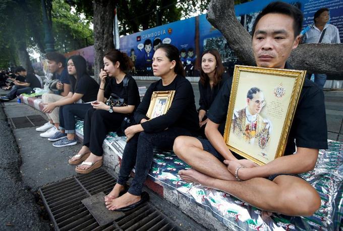 タイ、国王の服喪期間入り 政権は治安維持に全力 - サッと見ニュース ...