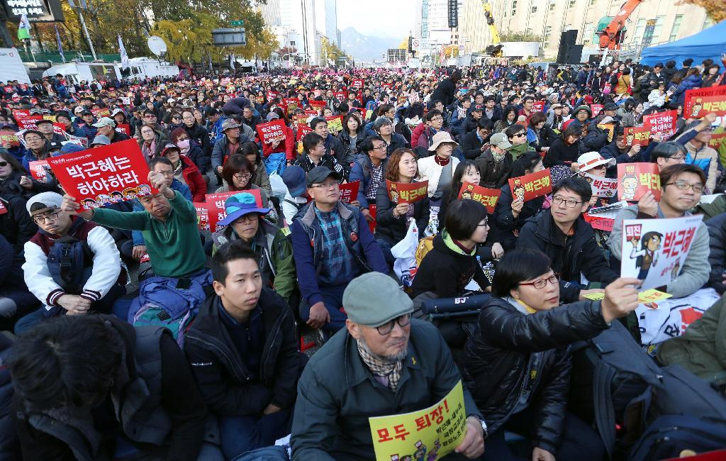 産経フォト朴氏の退陣求め数十万人集会 ソウル、過去最大規模
