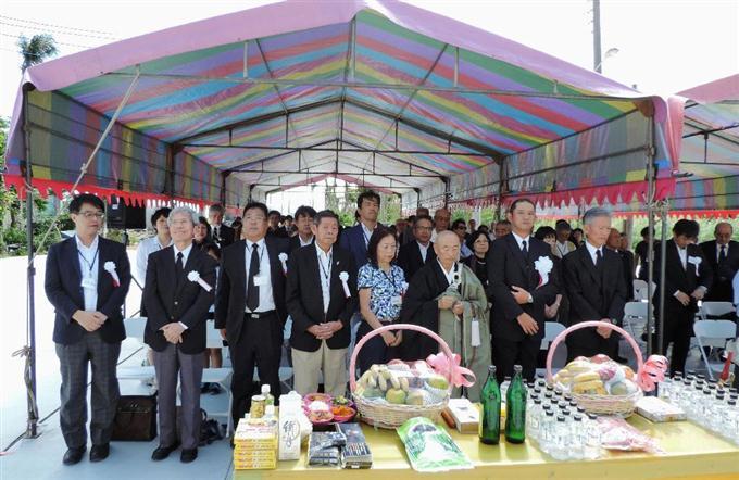 20日、台湾屏東県の「潮音寺」で行われた慰霊祭(バシー海峡戦没者慰霊祭実行委員会提供・共同)