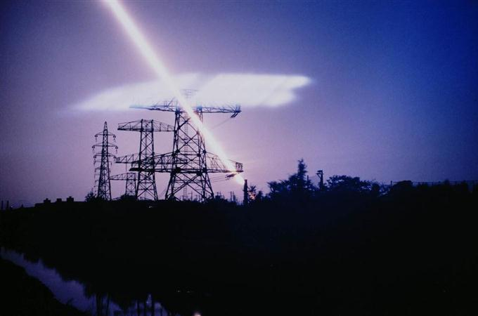 山崎博「CRITICAL LANDSCAPE/TEN POINTS HELIOGRAPHY」から(1985年、作家蔵)
