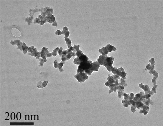 東シナ海の上空で採取した酸化鉄の微粒子(気象庁気象研究所提供)
