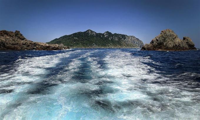 「沖ノ島 世界遺産」の画像検索結果