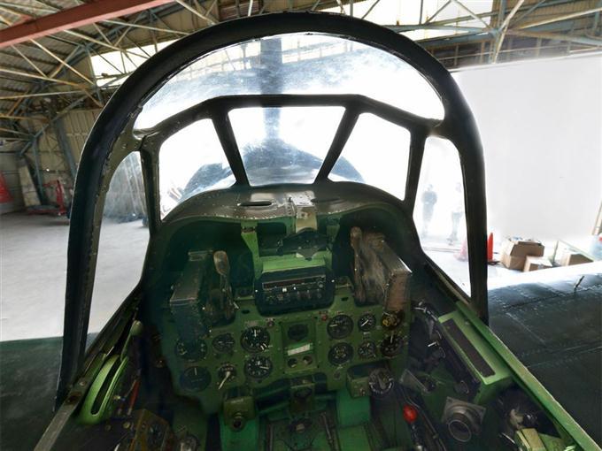 復元された零戦の操縦席【360°パ...