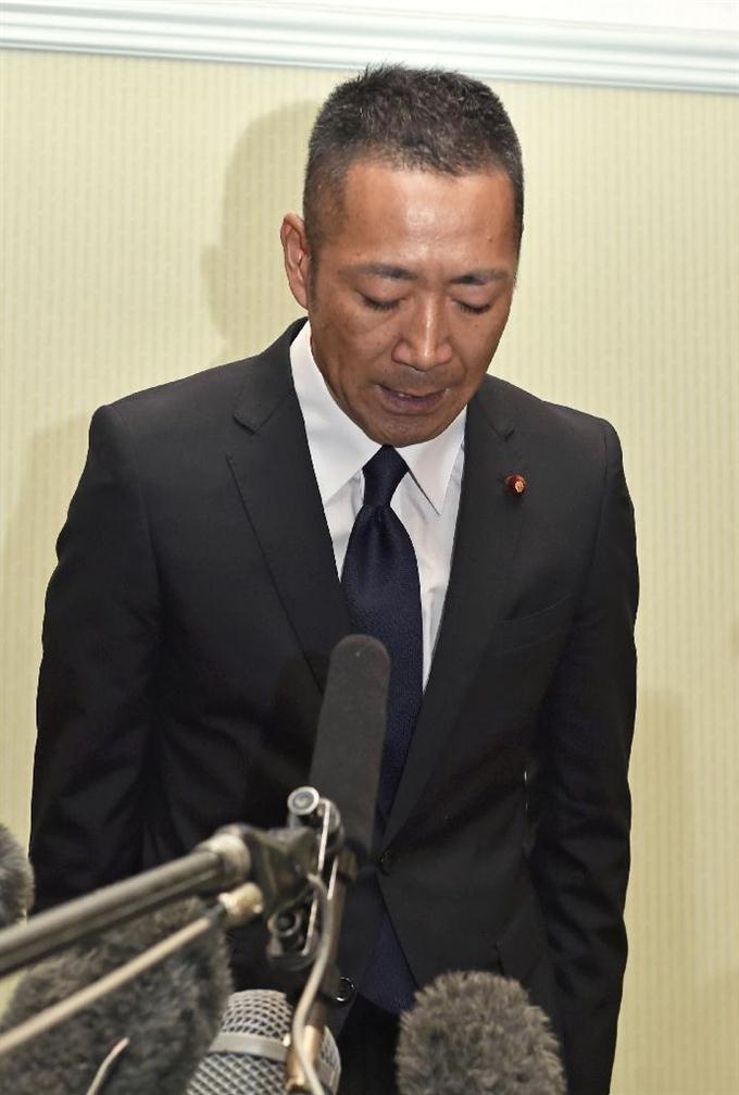 豊田真由子衆院議員が坊主頭で出直す予定 ハゲども「許した」 [無断転載禁止]©2ch.net [142738332]->画像>7枚