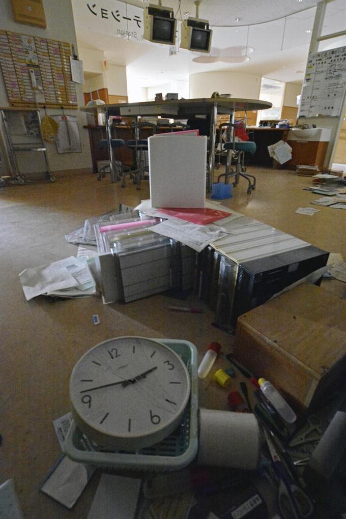 原発避難の病院で資料収集 福島...