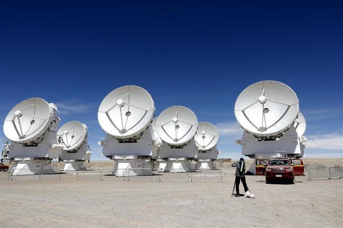 巨大望遠鏡、能力数倍に 南米チ...