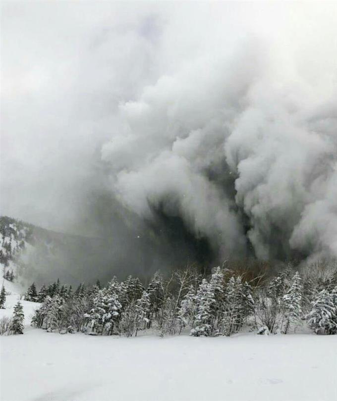 草津白根山、同規模噴火の可能性も 観測強化へ - 読んで見 ...