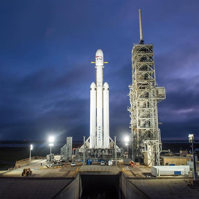 産経フォト最強ロケット打ち上げへ 赤い車載せ 米スペースXサイトナビゲーション最強ロケット打ち上げへ 赤い車載せ 米スペースXPRPRスゴい!もっと見る瞬間ランキングもっと見るPRPRRICOH THETAが記憶する景色PRPR産経スペシャル今週のトピックス話題のランキング