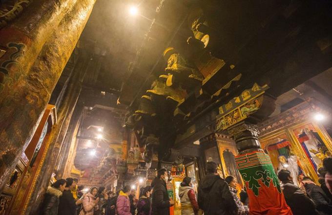 産経フォト世界遺産の寺院で火災 中国チベット自治区サイトナビゲーション世界遺産の寺院で火災 中国チベット自治区PRPRスゴい!もっと見る瞬間ランキングもっと見るPRPRRICOH THETAが記憶する景色PRPR産経スペシャル今週のトピックス話題のランキング