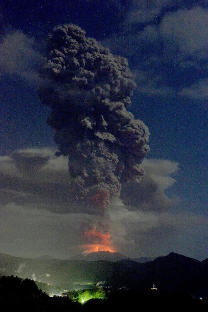 産経フォト新燃岳、噴煙5千メートル 爆発的噴火、噴石警戒サイトナビゲーション新燃岳、噴煙5千メートル 爆発的噴火、噴石警戒PRPRスゴい!もっと見る瞬間ランキングもっと見るPRPRRICOH THETAが記憶する景色PRPR産経スペシャル今週のトピックス話題のランキング