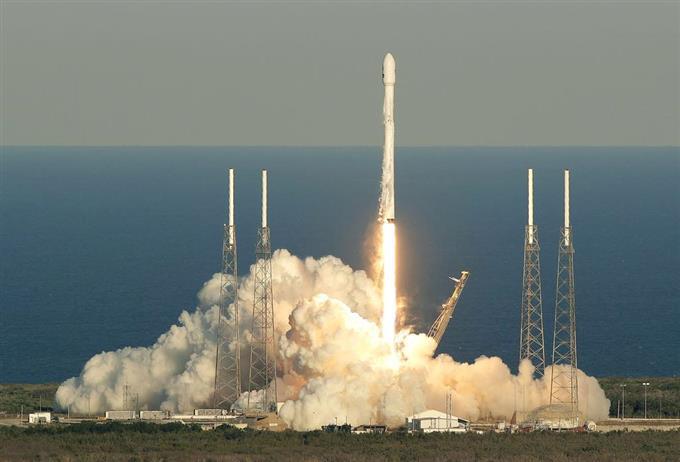 産経フォト「第2の地球」探索へ NASA望遠鏡打ち上げサイトナビゲーション「第2の地球」探索へ NASA望遠鏡打ち上げPRPRスゴい!もっと見る瞬間ランキングもっと見るPRPRRICOH THETAが記憶する景色PRPR産経スペシャル今週のトピックス話題のランキング