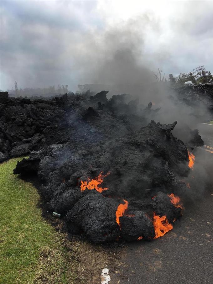 ハワイのキラウエア火山、噴火や...