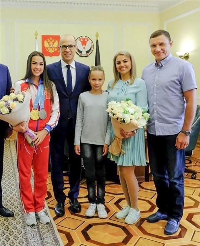 ザギトワ選手に住宅贈呈 出身地のウドムルト共和国