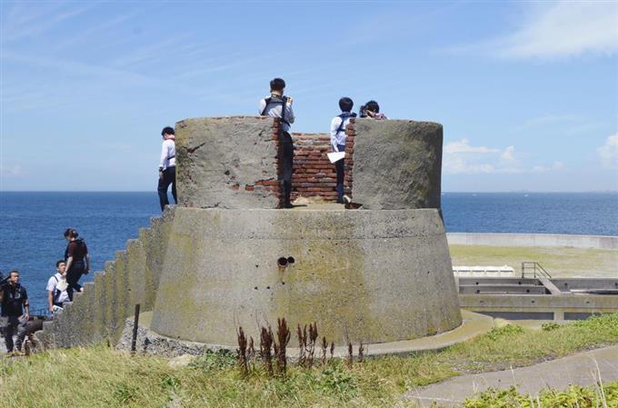 【神奈川】国交省や横須賀市、東京湾上の要塞「第二海堡」上陸ツアーを8月から試験的に実施へ 2019年度中の定期就航を目指す->画像>9枚